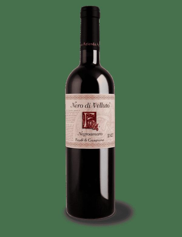 vino rosso nero di velluto feudi di guagnano
