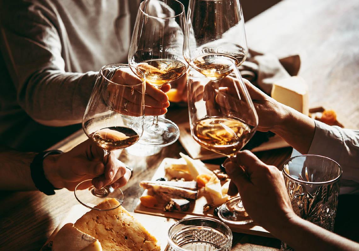 Vino e formaggi: i migliori abbinamenti